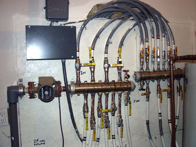 Water supply manifold system